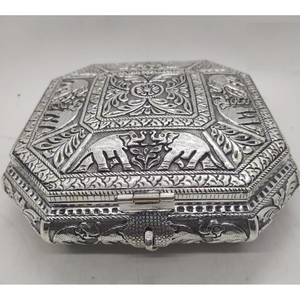 92.5 pure silver dry fruit box in fancy shape