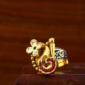 Ladies antique ring 916