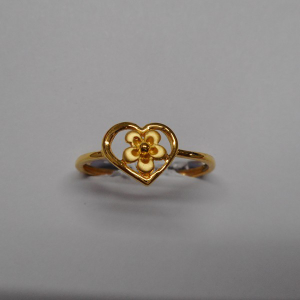 22 kt gold casting fancy ladis ring