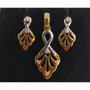 Real diamond designed pendant set