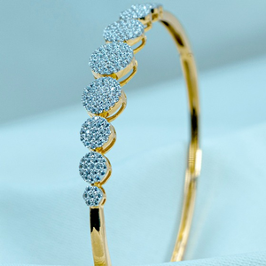Gold diamond bracelet lb1-524