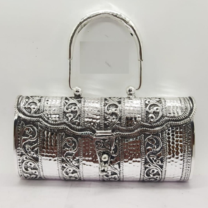 Pure silver clutch with handle in fine nakash