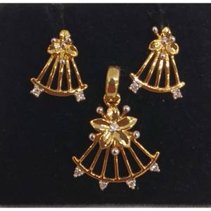 Real diamond designed pendant set