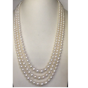 Freshwater white round graded pearls necklace
