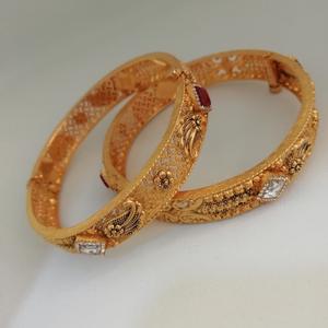 916 gold zinkoriya dimond & antique bangl