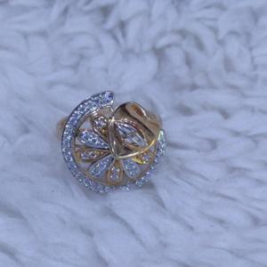 18kt/750 rose gold gracefull cz stone fancy r
