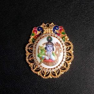 Krishna design mina pendant