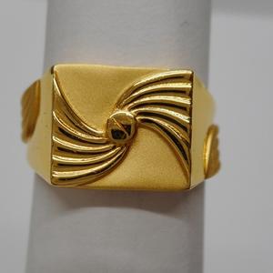 22 kt gold casting fancy gents ring