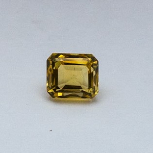 4.18ct oval yellow topaz