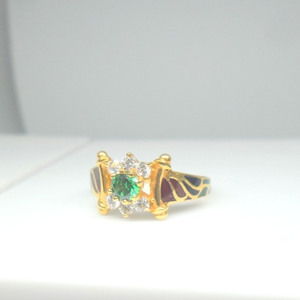22kt / 916 gold cz with green color stone tra
