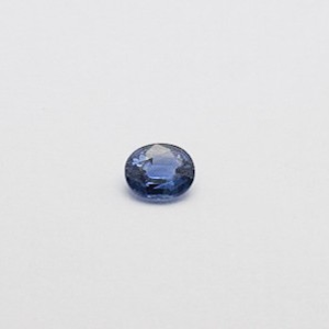 0.80ct oval blue blue-sapphire-neelam
