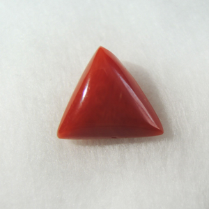 3.55ct triangle natural red-coral (