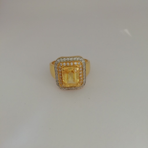 916 gold yellow diamond gents ring