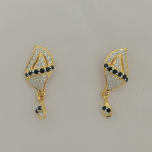 916 gold fancy black stone earrings