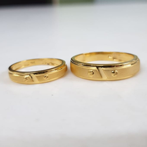 22kt yellow gold frolic couple ring for unise