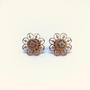 Designing fancy real diamond earrings