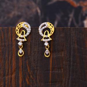 Ladies 22k gold fancy diamond  earrings -lfe1