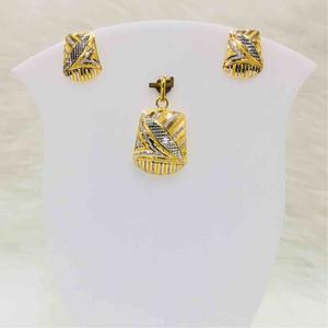 22kt gold fancy pendents set