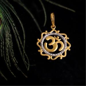 916 gold cz design pendant