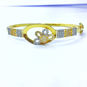 Designed fancy gold kada bracelet