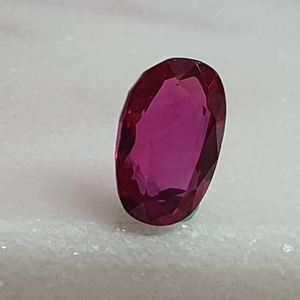 1.47ct oval shape pink ruby-manek vg-r28