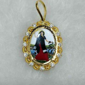 916 gold mogal maa photo pendant