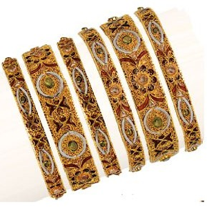 22k/916 gold fancy kalkati bangle
