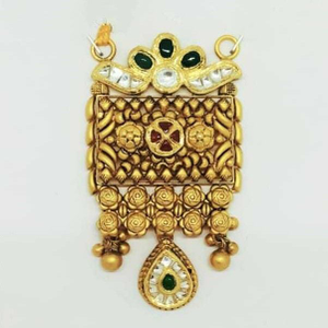 22 kt gold rajwadi antique pendant
