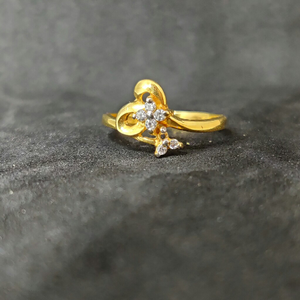 22k ladies fancy gold ring-17014