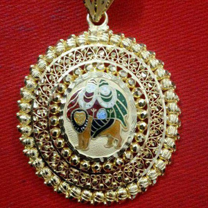22kt gold antique chamunda maa pendant