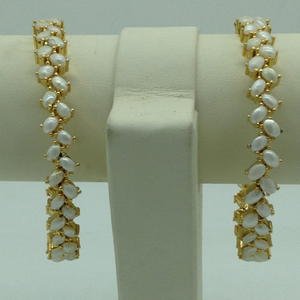 Freshwater white button pearls zigzag bangles