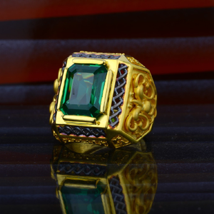 Mens exclusive green stone heavy gold ring-mh