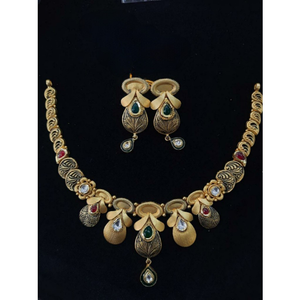 22 kt gold antique jadtar necklace set