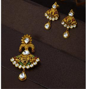 916 cz gold  classic design hallmark pendant
