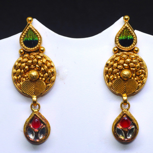 22kt / 916 gold antique earring with peacock