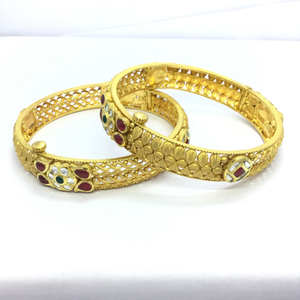 Designing gold bangles