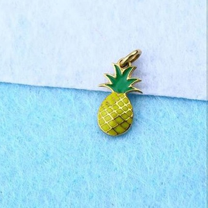 22kt gold pineapple kids pendal rh-gp055