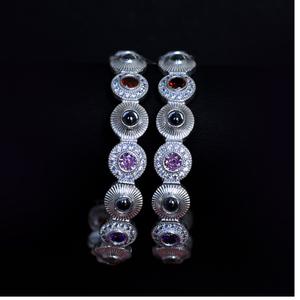 Silver colour stone kadli 2.4