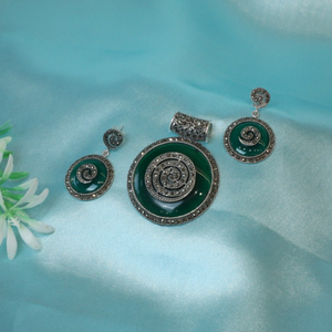 92.5 sterling silver green meeno light oxidis