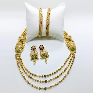 Gold jewellery set for wedding