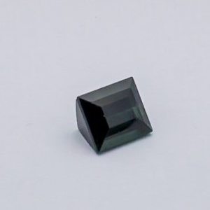 5.360ct square green tourmaline