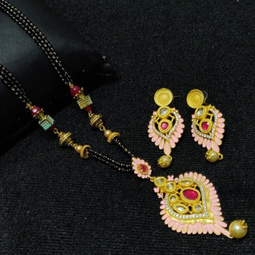 916 gold mother Pearl Design mangalsutra with Earrings