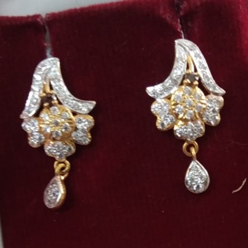 916 Gold hallmarked Earring LI0154