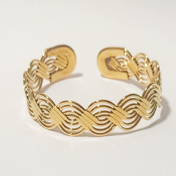 golden bangles guaranted by J.H. Fashion Jewellery
