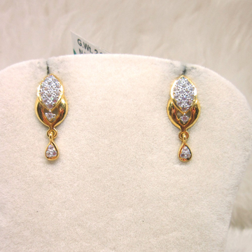 Gold Casting Diamond Earring