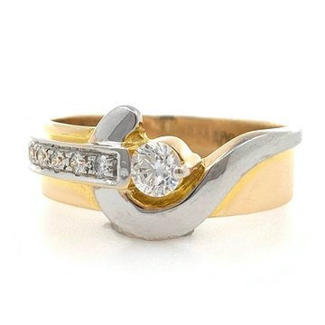 18kt / 750 rose gold fancy engagement gents ring 9...