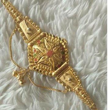 Gold fancy lokit by