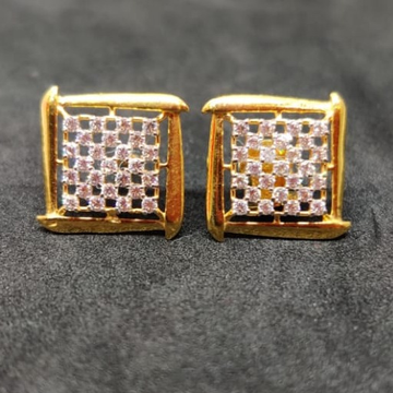 18 CARAT GOLD DIAMOND STUD BT0036