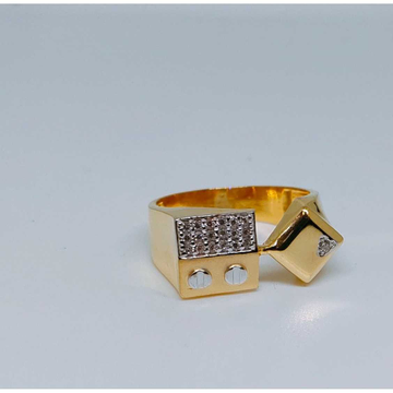 916 Gents Fancy Gold Ring Gr-28642
