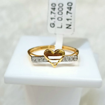 22 KT HEART SHAPE RING by